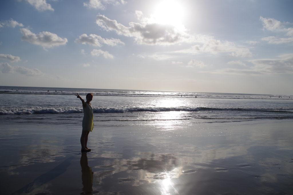 バリのスミニャックビーチ