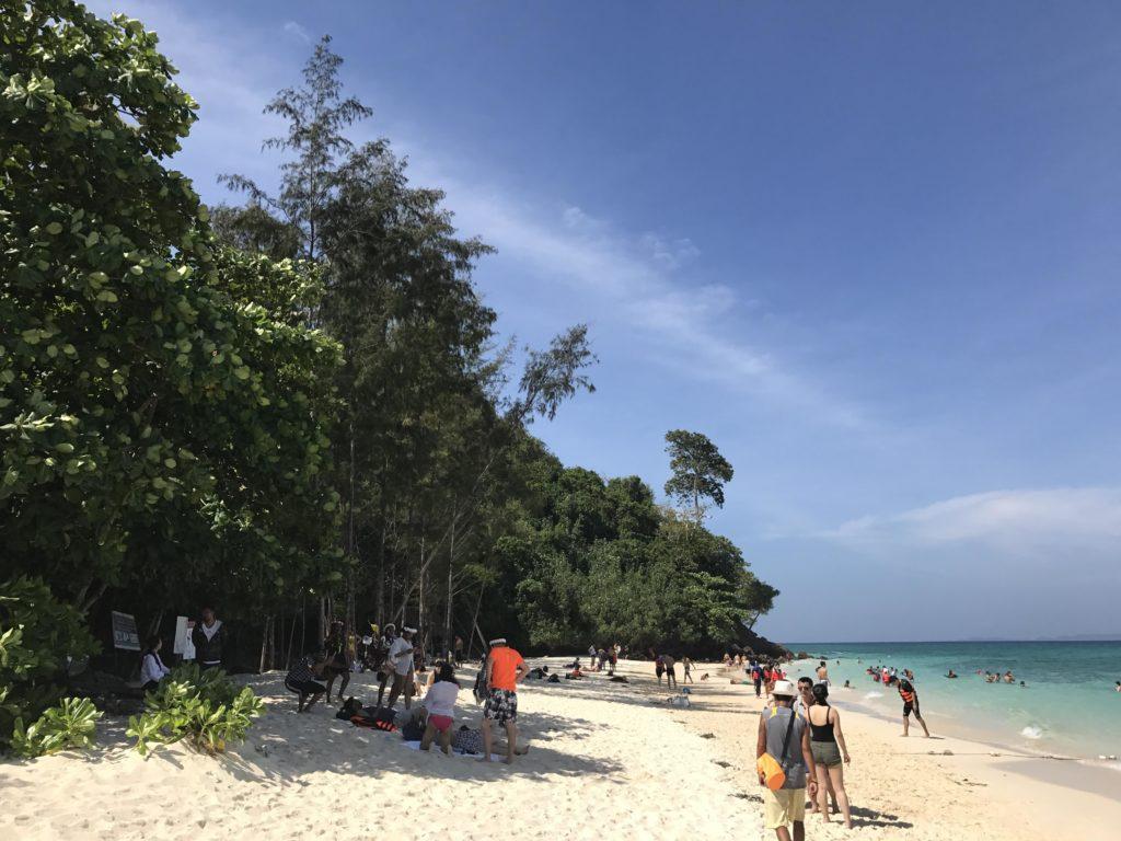バンブー島の島内
