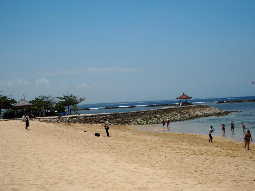 バリ ヌサドゥアビーチ