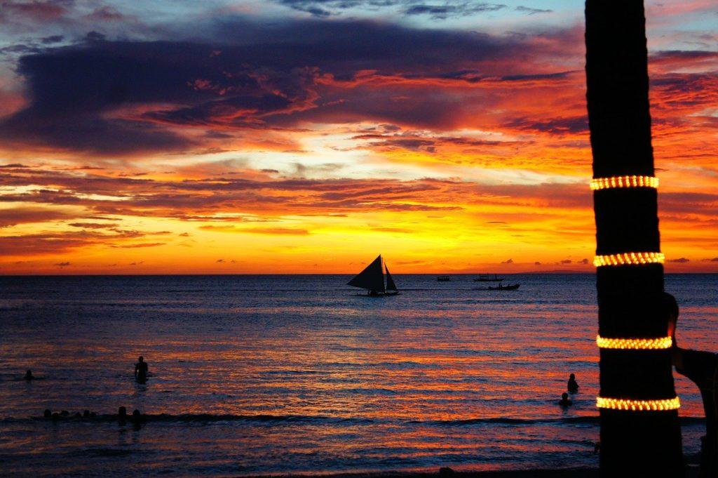ボラカイ島の夕陽