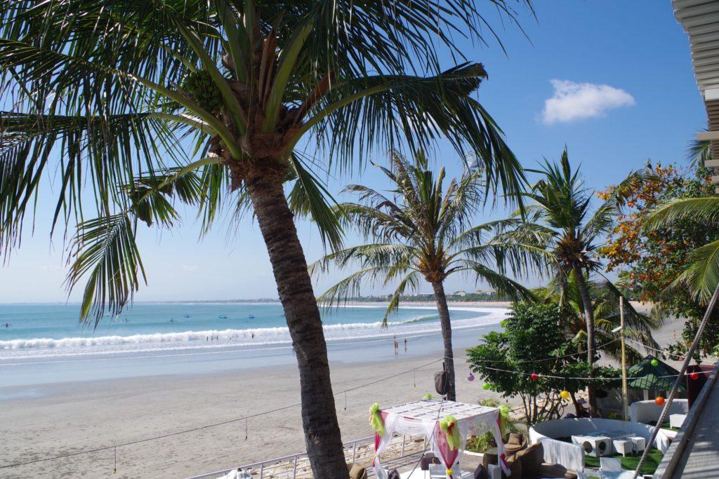 Segara Seafoodから見たクタビーチ